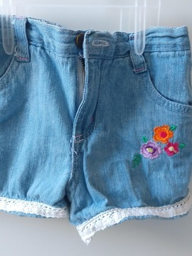 Shorts Jeans Com Bordado