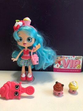 Mini Boneca Shopkins Shoopies